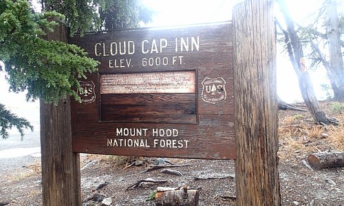 cloud cap inn sign