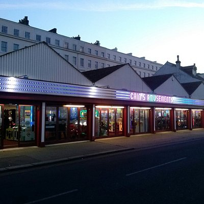 Cain's Amusements, Herne Bay - new neon frontage