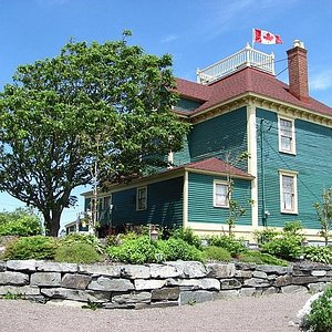 Lots to see and do. Visit the Harris House Museum.