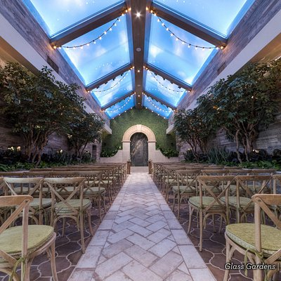 Rustic Chic Wedding Venue in Las Vegas | Glass Gardens at Chapel of the Flowers