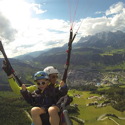 Tandem paragliding - adults and kids