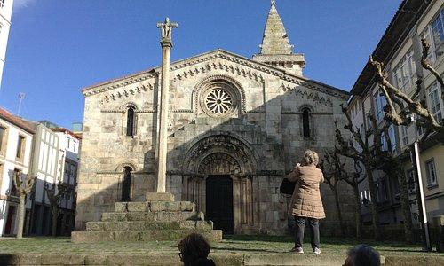 Colegiata de Santa María do Campo