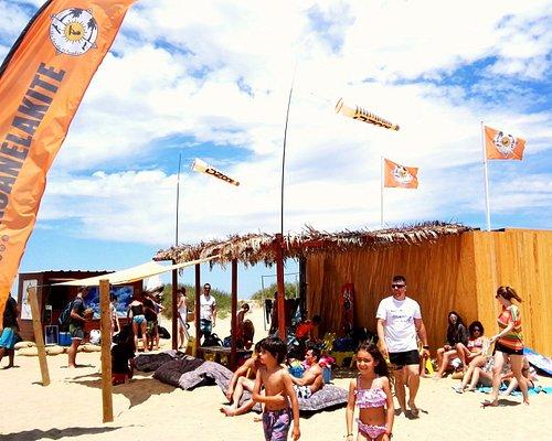 Ambiente joven y familiar un día cualquiera en #islacanelakite