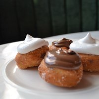 Menagerie nutella & marshmallow donuts