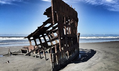 The Wreck of Peter Iredale, Hammond, OR