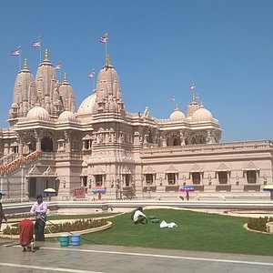 Mandir view from South end