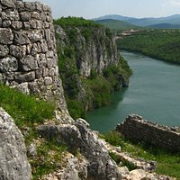 Nutjak fortress is a fortification near river Cetina. These are photos from that site.