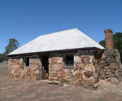 The Woolshed, Tottington Homestead and Stone Cottage