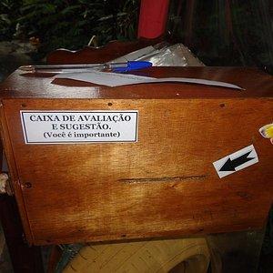 Em nosso espaço de convivência dispomos de uma caixa de Avaliação e Sugestão