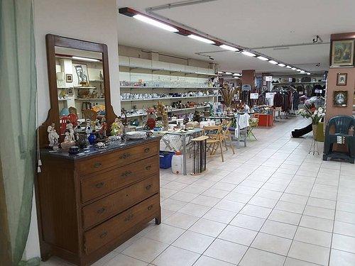 La Bottega della Costa - Mercato dell'usato Antiquariato & Vintage