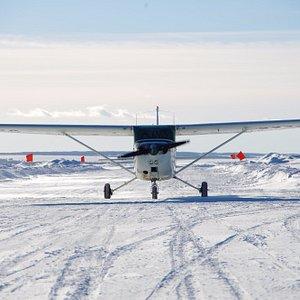 Cessna-172 на взлетной полосе