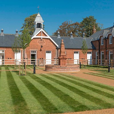 The Rothschild Yard - the flagship yard for Retraining of Racehorses charity