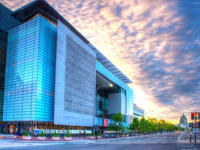 The Newseum is located at the intersection of 6th St. and Pennsylvania Ave., NW