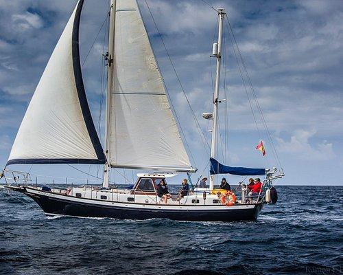 Navegando a vela por las costas de Lanzarote