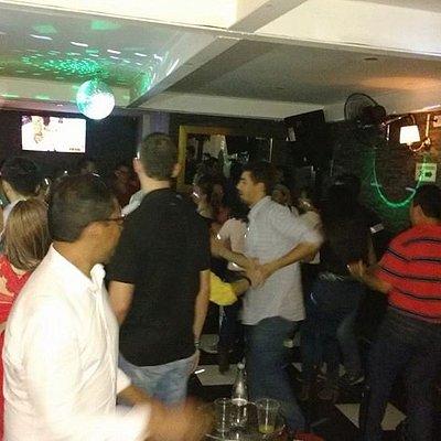 Bar Frontera3