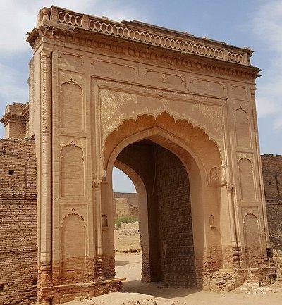 Derawar Fort - Main entrance