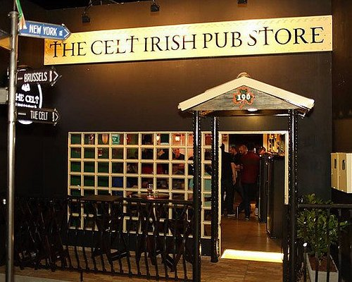 Um bar bonito, estiloso, aconchegante e que tem cervejas excelentes e um atendimento impecável.