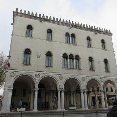 Noale-Palazzo della Loggia