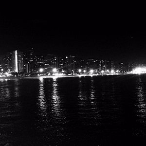 Vista a noite, da ponta do espigão.