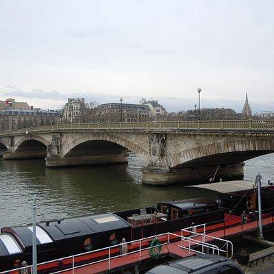 Pont des Invalides, un côté