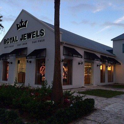 Royal Jewels - Saltmills Plaza, Grace Bay