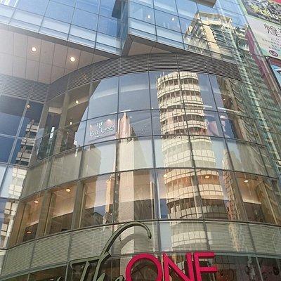The One 商場外貌