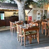 Al Fanar Restaurant and Cafe
