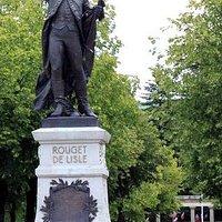 Statue de Rouget de L'Isle à Lons-le-Saunier
