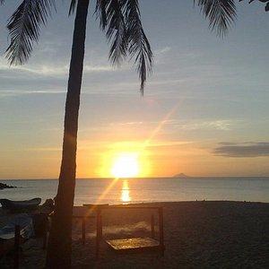 Foto do canto esquerdo da Praia