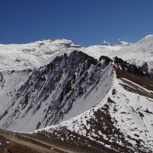 Annapurna Range, a trek in Nepal with Snow View Trek & Expedition.