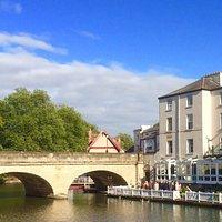 A wonderful riverside venue in the heart of Oxford.