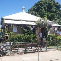 The Cottage - 26 Deane St, Charters Towers Qld,
