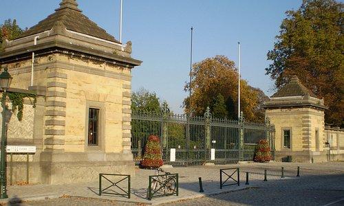 Entrée du cimetière de la ville de Bruxelles