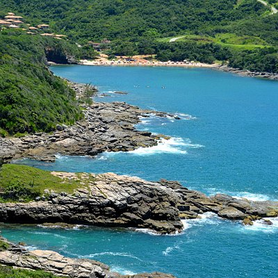 Praia do Forno al fondo de la imagen.