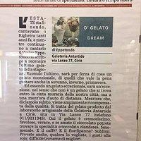 Articolo La Stampa esposto in gelateria...