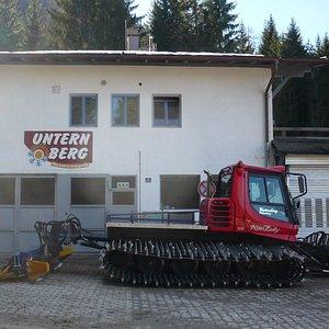 Die Schnee-Raupe am Unternberg.