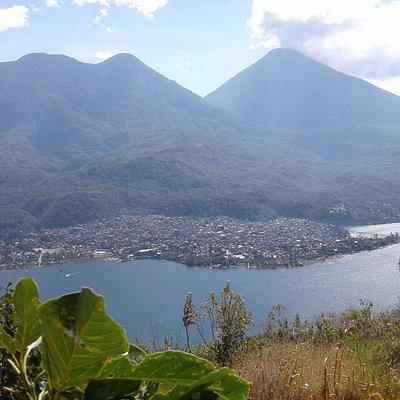 Ascenso desde Santiago Atitlan MilpasTours (502) 5450 2381 - 32570407
