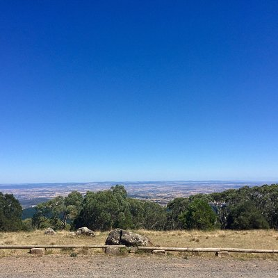 On of the highest point in NSW and it's located in orange with the lovely 360 view of the city a