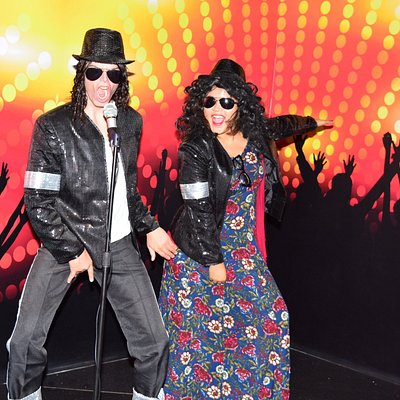 we do the moon walk Michael Jackson style