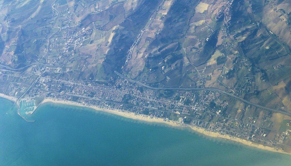 Foto aerea di Porto San Giorgio