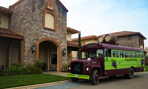 Ruby Hill Winery Mello Cielo Bus Tour