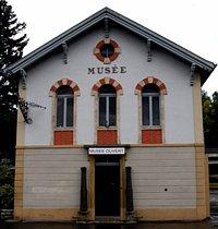 Le bâtiment du Musée de l'Areuse construit entre 1883-1884