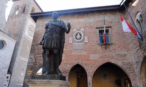 église et palais comunal