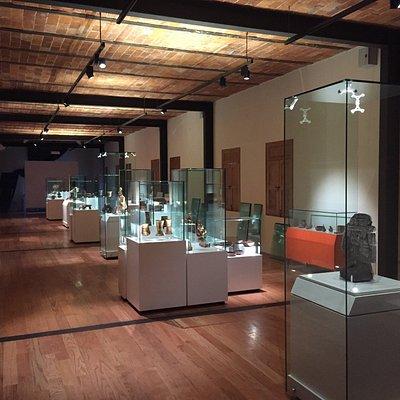 Un extraordinario museo regional que cubre temas desde historia geológica Del Valle de los Volca