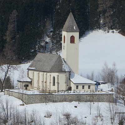 Bellissima chiesa innevata