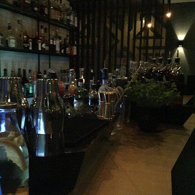 Stylische Bar