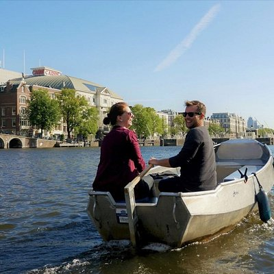 Boats4rent: rent a boat in Amsterdam to explore the canals