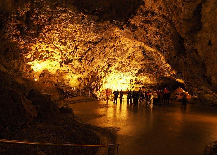 demanovska cave