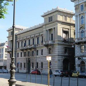 Palazzo di pregevole rilievo artistico ed architettonico