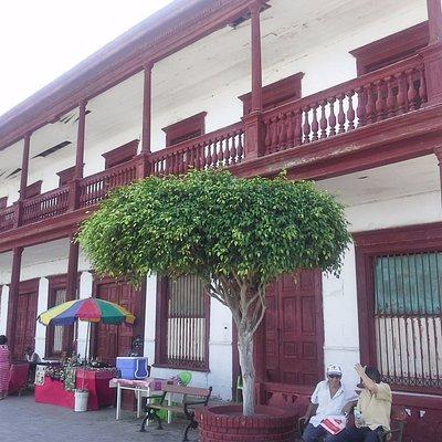 Pacasmayo y su hermoso malecón lleno de casa históricas